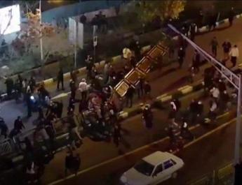 ifmat - US urges release of demonstrators in Iran