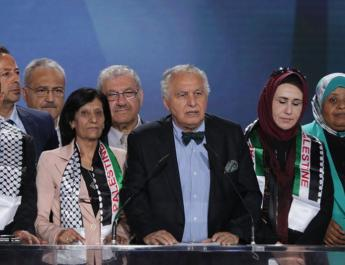 ifmat - Former Algerian Pm Iranian people will soon be free