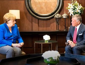 ifmat - Merkel We need urgent solutions to Iran's aggressive tendencies