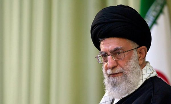 ifmat - Imam Khamenei urges government to form taskforce to tackle banks and liquidity issues