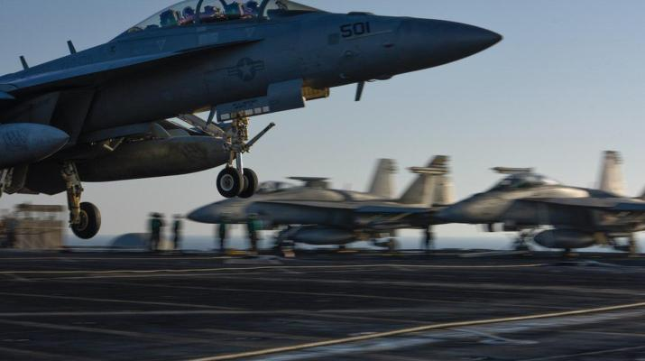 ifmat - Iran releases video alleging encounter with American carrier