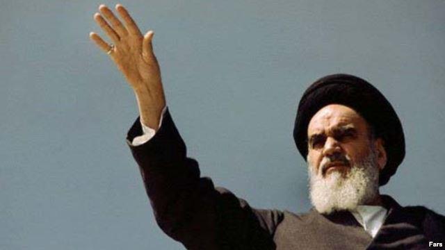ifmat - Iran first president says Khomeini betrayed 1979 Islamic revolution