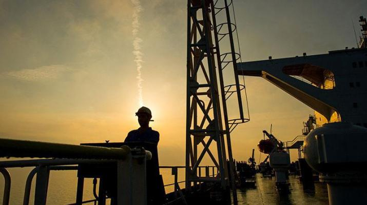 ifmat - Iran regime looking for solutions to keep oil flowing