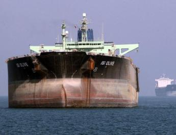 ifmat - Tanker tracking firm says Iran shipping oil to China