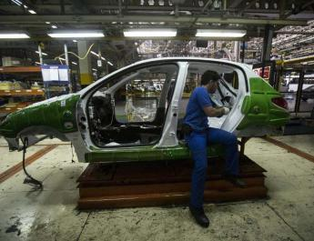 ifmat - Iranian auto industry in crisis following arrest of senior executives
