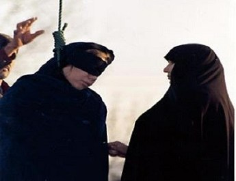 ifmat - Ten hanged including a woman during Rouhani speech