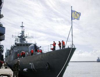 ifmat - Iranian Naval flotilla begins overseas mission