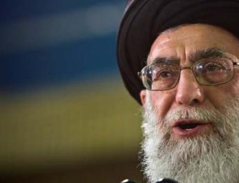 ifmat - Activist calls on Twitter to shut down Khamenei accounts after internet blackout