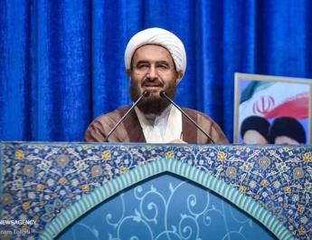 ifmat - Tehran Friday prayer leader demands execution for Iran protesters