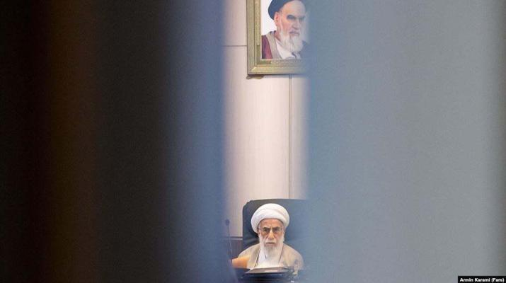 ifmat - Iran lawmaker alleges middlemen take bribes to help approval of candidates