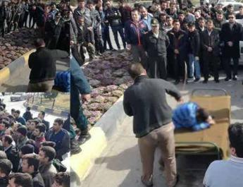 ifmat - Young man publicly flogged 74 times in central Iran