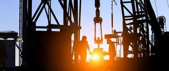 ifmat - China signs series of deals to develop supergiant oilfield in Iran