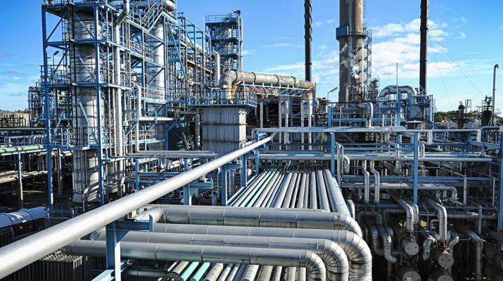 ifmat - Iran To Launch 17 Petrochemical Projects By March 2021