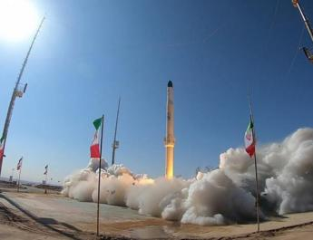 ifmat - Iran state TV airs launch of new satellite-carrying rocket