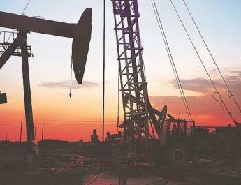 Iran asks Saudi Arabia to help sell its oil in Iraq talks