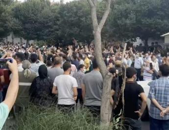 ifmat - Demonstrators in Iran Tabriz show support for protests in Khuzestan