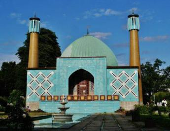 ifmat - German Intelligence says Hamburg Mosque aimed at Islamic Revolution