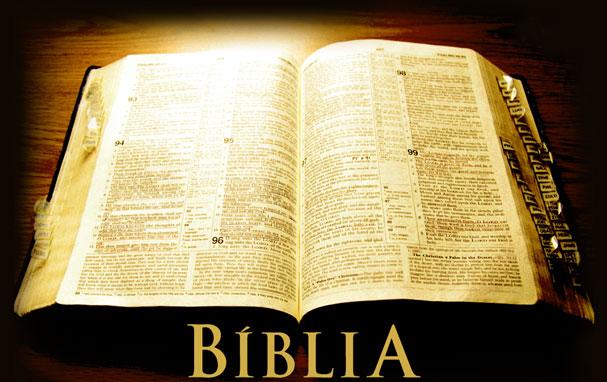 ¿Es la Biblia aún Necesaria como Fundamento para el Cristianismo? Encuentro con el pastor Andy Stanley que cree que no!