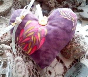 Stunningly Beautiful Heart WX