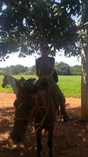 Il mio bel cavallo in Valle Di Viñales, in un viaggio da sola