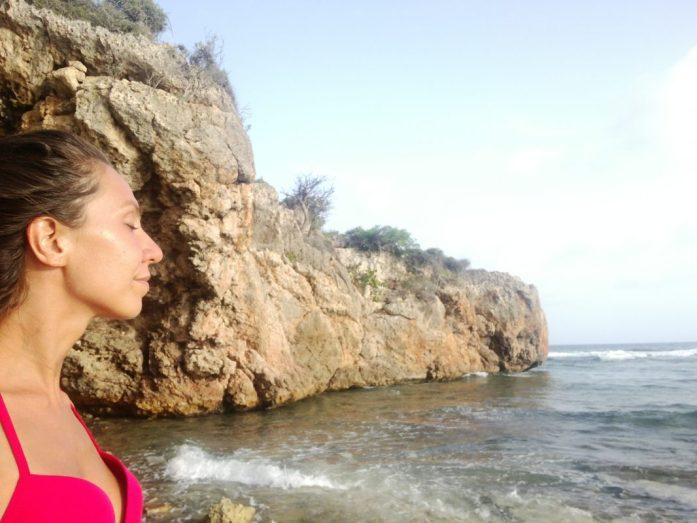 Il mare aiuta a far riflettere anche in un viaggio da sola