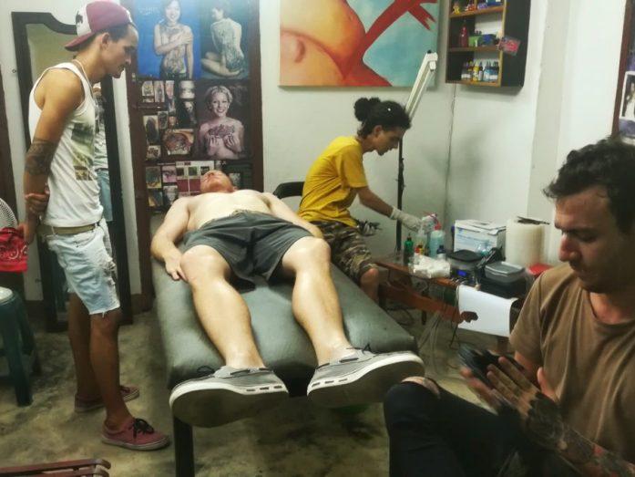 fare un tatuaggio a cuba