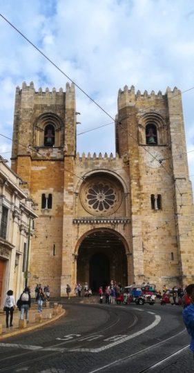 La chiesa piú importante tra i vicoli di Alfama