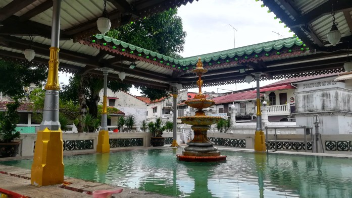 Passeggiata in Harmony Street in una Gita in giornata a Malacca