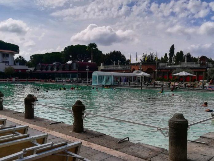 piscina delle terme dei papi a viterbo