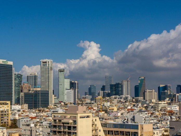 skyline con grattacieli tel aviv