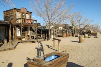 california pioneertown città fantasma