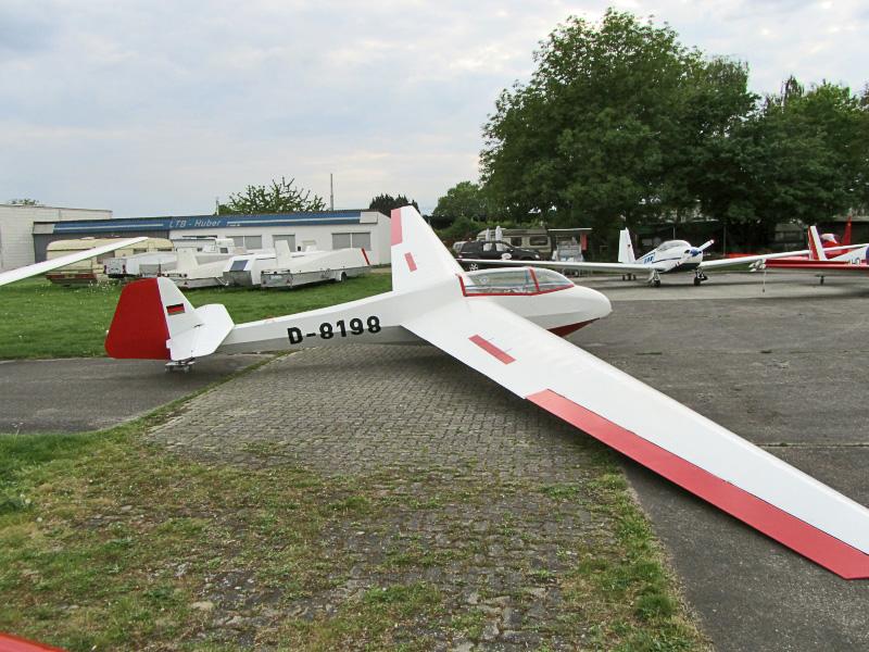 D 8198 1 - Flugzeuge