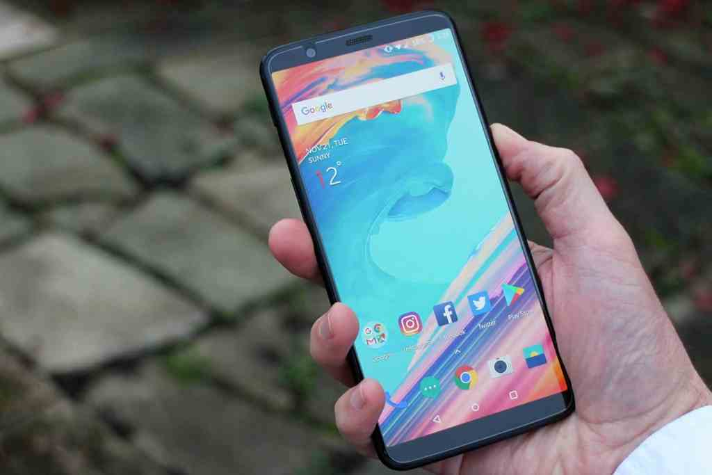 Top 5 Best Smartphones of 2017 [Basically the High-end Ones] - 14