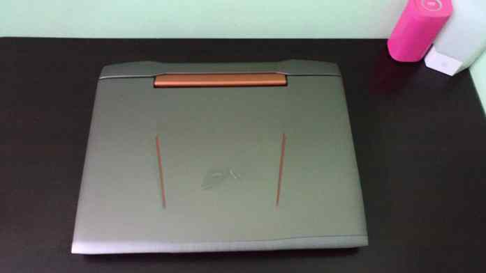 Asus ROG G752VY Review - The Mother and Father of All Gaming Notebooks! - 1