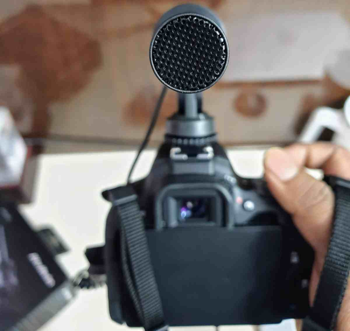 AVerMedia Live Streamer MIC 133 Review - A Must-Have Accessory for Content Creators! - 4