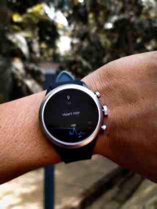 Fossil sport for fitness