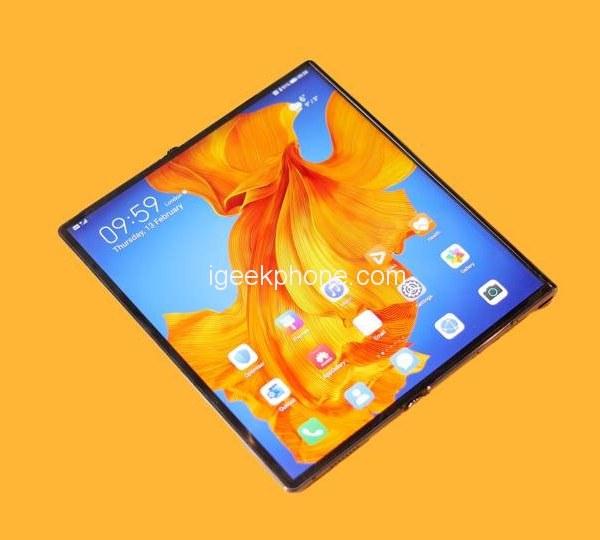 Huawei Mate XS