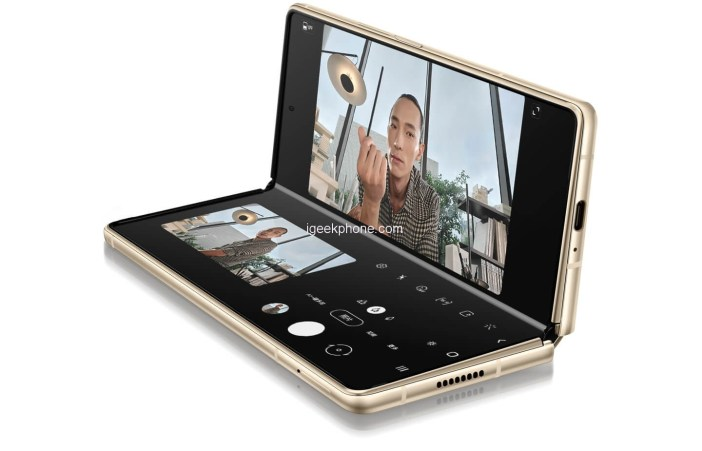 Samsung W21 5G Folding Smartphone Launched