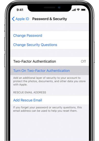 Нажмите на Включить двухфакторную аутентификацию на iPhone.