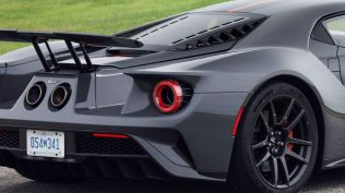 2019-ford-gt-carbon-series-12