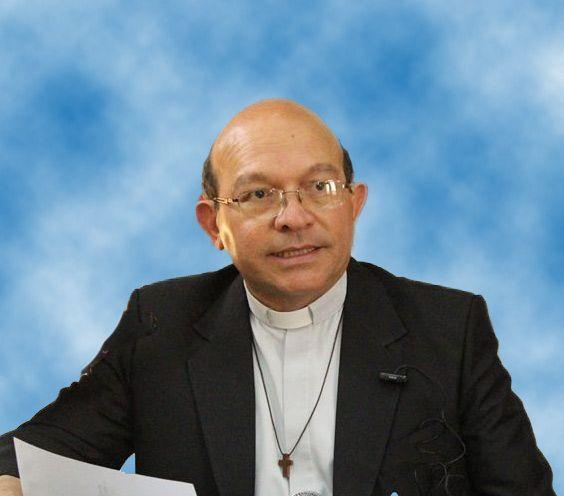 p Carlos Curiel