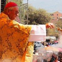 «María nos pide vivir como hermanos y atendiendo al necesitado» Mons. Luis Sainz