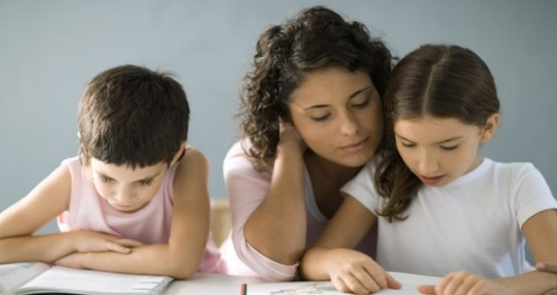 Licencia para padres hijos menores edad escolar virtual