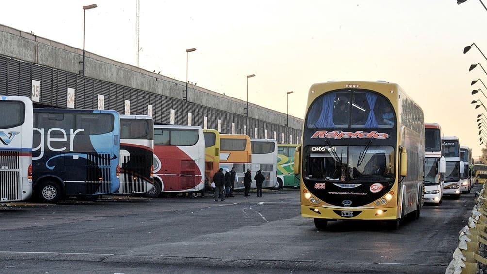 Transporte de larga distancia UTA paritaria salarios acuerdos paro