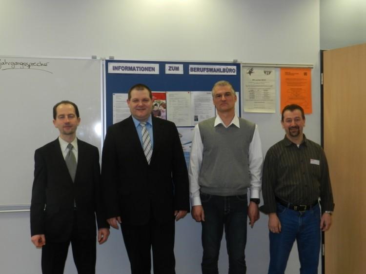 von links: Herr Mix und Herr Umbach (KKH), Herr Döring  (AOK) und Herr Lenz  (DAK).
