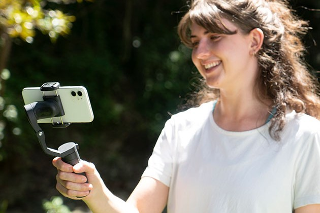 Hohem iSteady X 3-Axis Smartphone Gimbal Stabilizer for $79