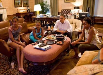 obamas-watching-soccer
