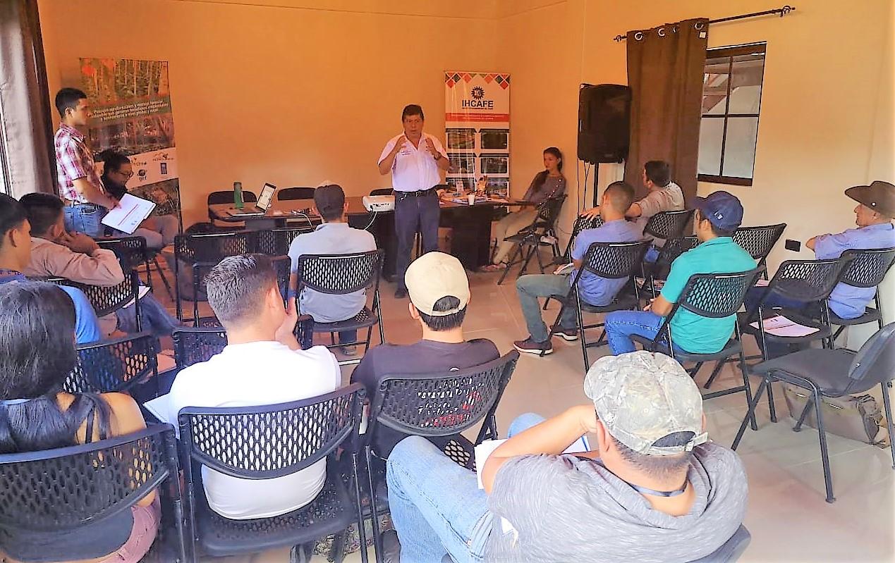 Se capacitara a 1500 productores de Café en 4 Departamentos de Honduras en manejo de paisaje