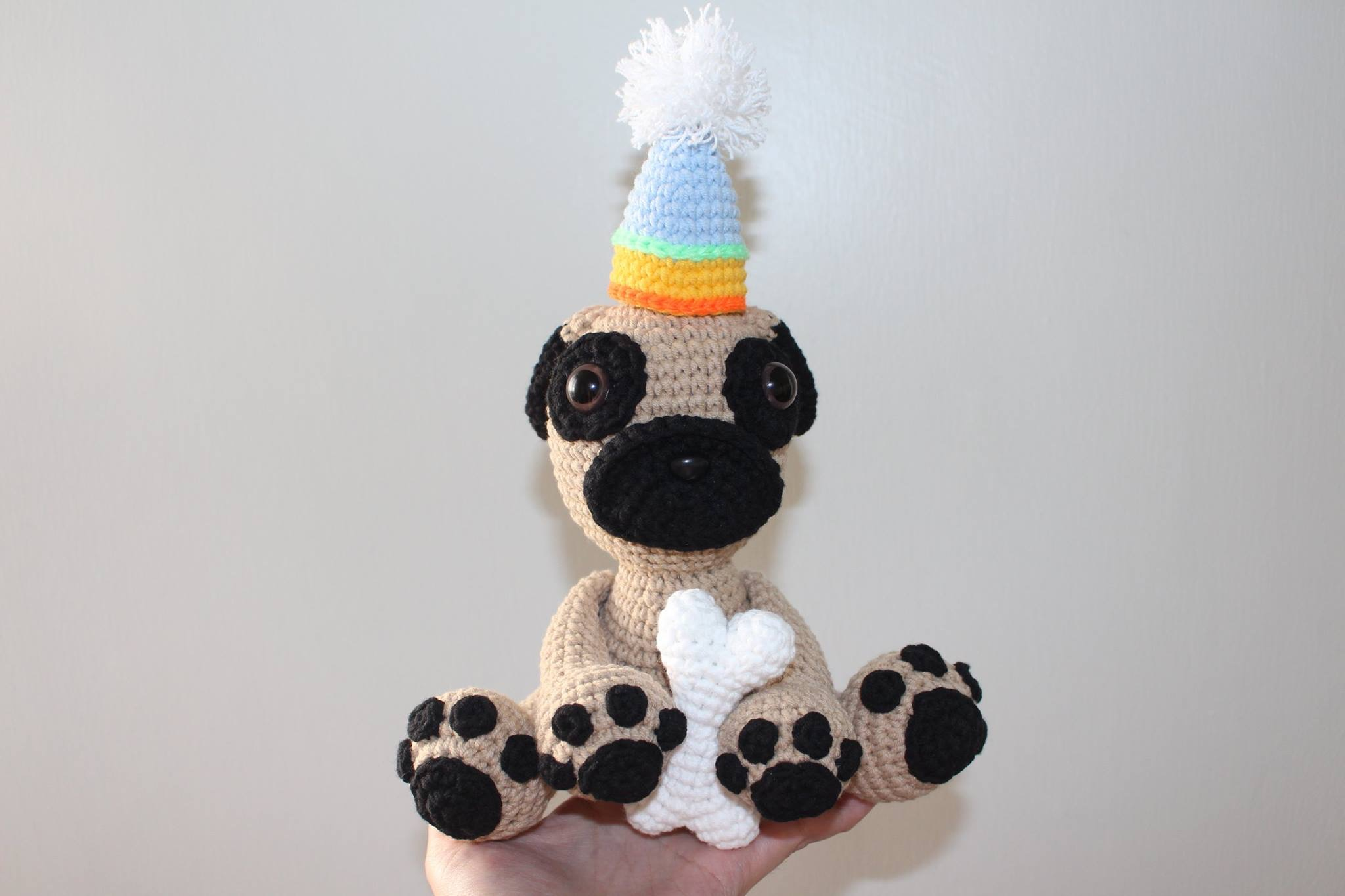 Crochet Dog Bone | applique | amigurumi | MARYJ HANDMADE - YouTube | 1365x2048