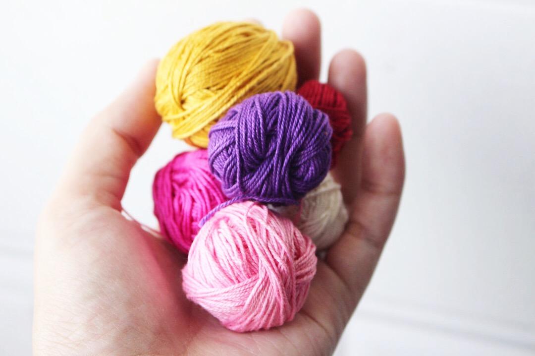 Crocheting Around Wooden Beads I Heart Gantsilyo